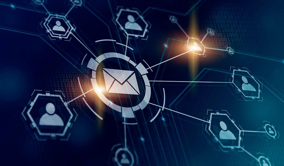 メールのホワイトリストと信頼を自動化することのリスク